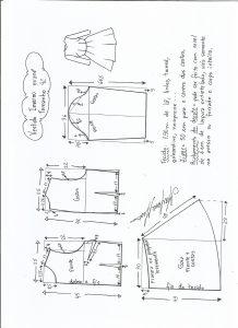 Esquema de modelagem de vestido de inverno com saia rodada tamanho 42.