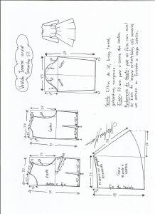 Esquema de modelagem de vestido de inverno com saia rodada tamanho 52.
