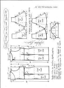 Esquema de modelagem de vestido víntage evasê com recorte tamanho 54.